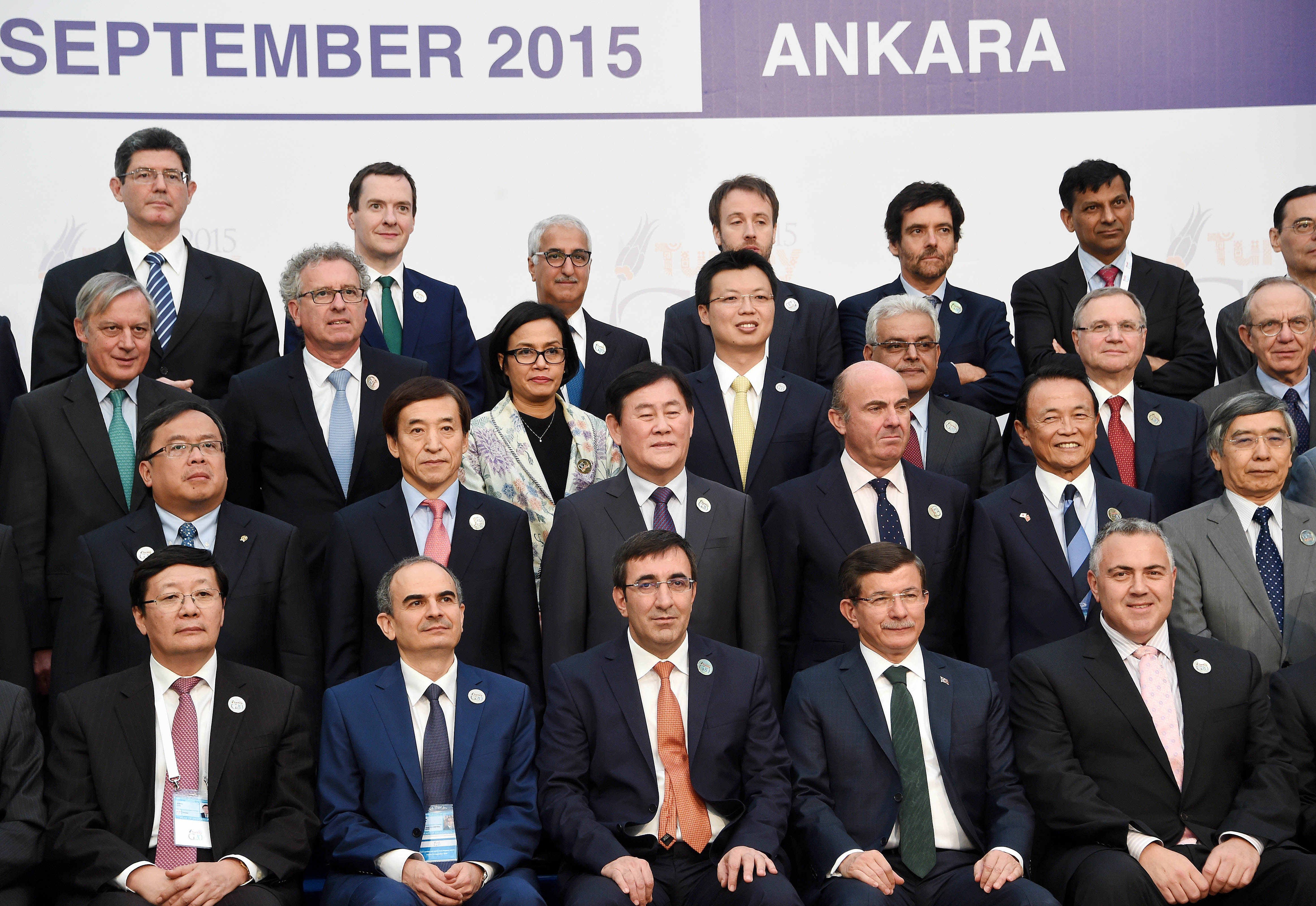 Deputy Prime Minister Choi poses for G20 Finance Ministers and Central Bank Governors' Meeting group photo